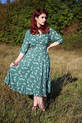 Lara dress in moss green
