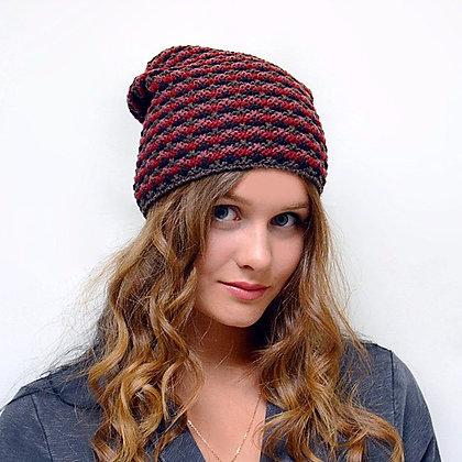 Pattern knit beanie in burgundy