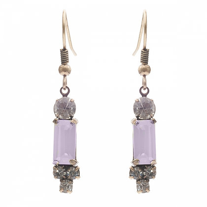 New! Pale pink1950's bar style earrings