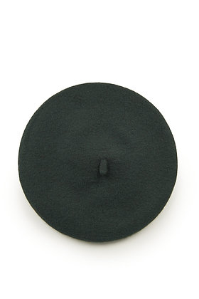 Wool beret in forest green