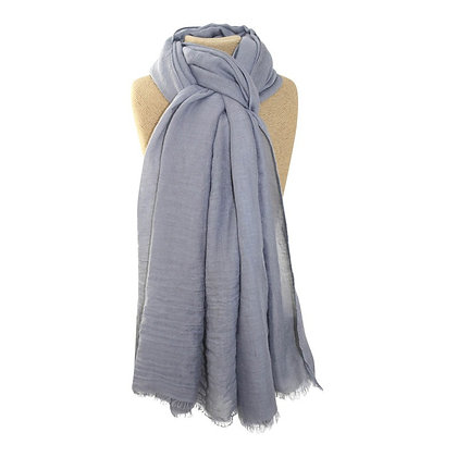 Plain scarf in silver grey