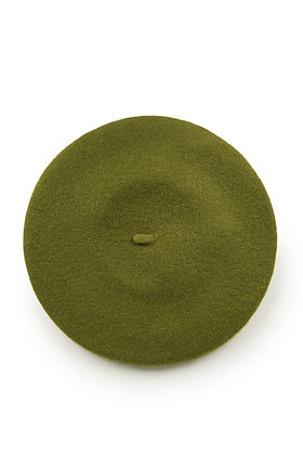 Wool beret in olive