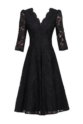 Swing lace dress in black