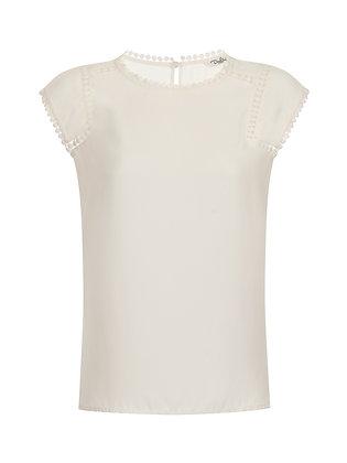 Quinn top in white