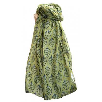 Leaf scarf in green and navy