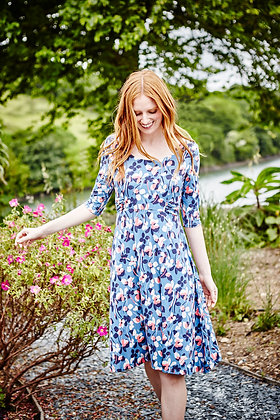 Floral print jersey dress in blue