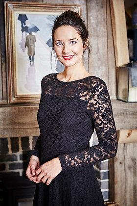 Edgeworth lace dress in black