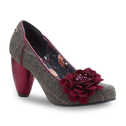 Corsage shoe with burgundy rose