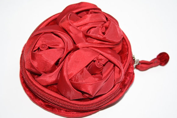 Velvet and satin rose jewellery pouch in red