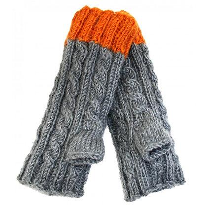 Knit handwarmers in grey/rust