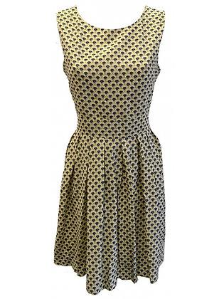 Scallop print dress in cream