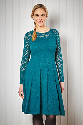 Edgeworth lace dress in teal