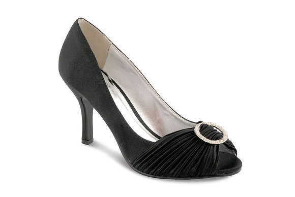 Diamonte mid heel shoes black