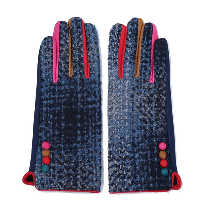 Tonal gloves in blue and red