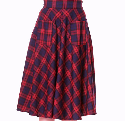 Check pocket skirt in red and blue