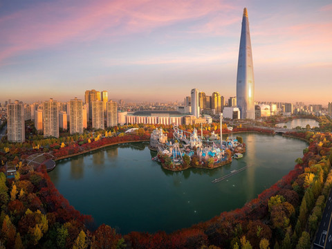 South-Korea-Lotte-World-Namsan-Seoul-Tow