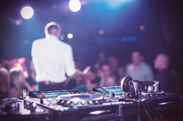 Edmonton DJ Turntable