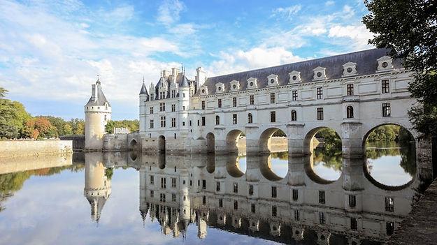 tours-Chateau_de_Chenonceau-1112x630.jpg