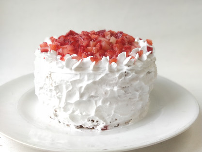 How to Ice a smooth cake with whipping cream|Strawberry shortcake| Valentines Day Special