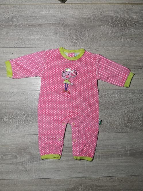 Pijama rosa ás bolinhas brancas