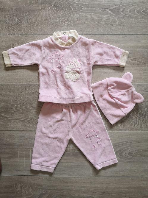 Pijama rosa com gorro