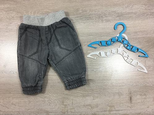 Calças com elastico na perninha
