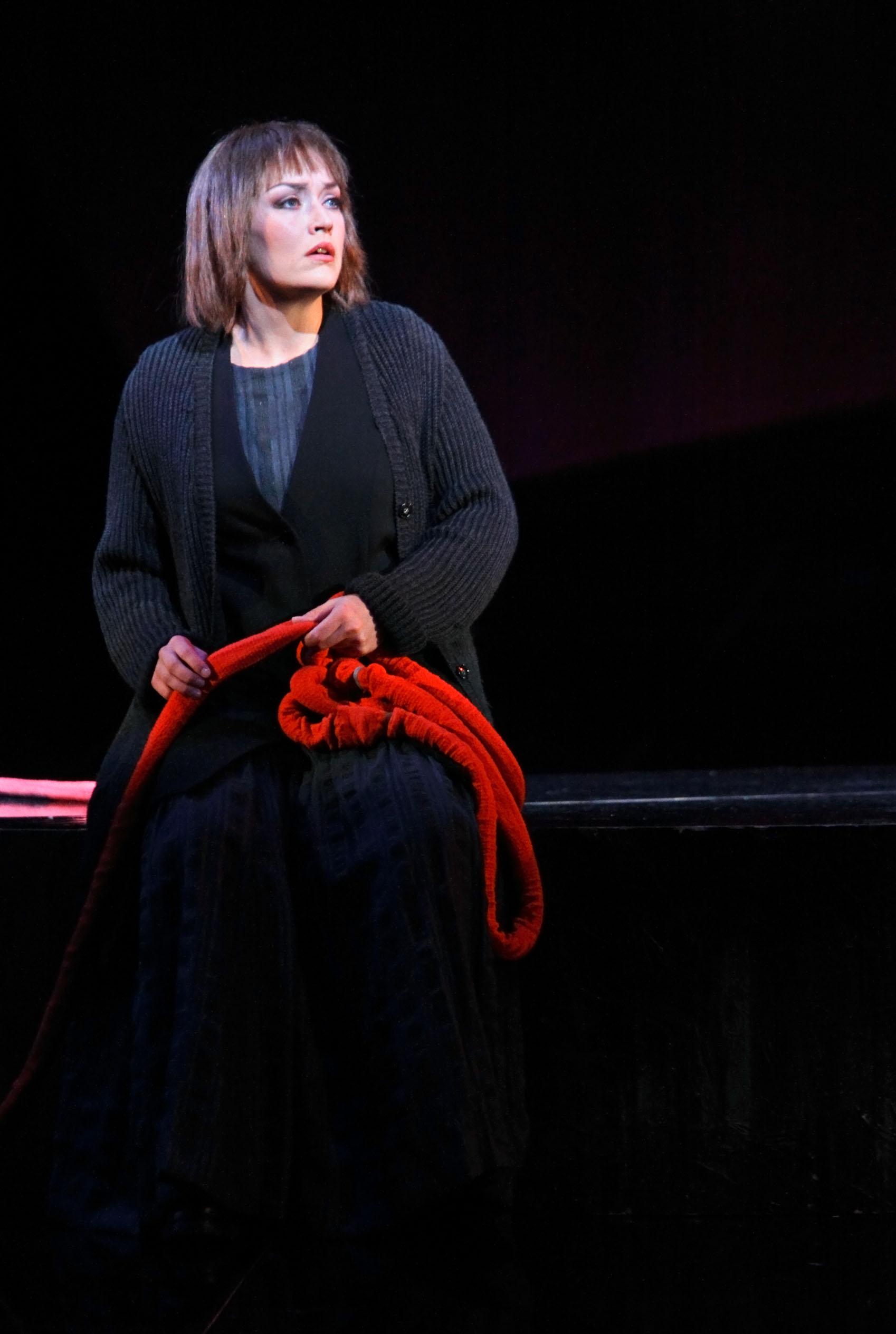 Wagner: Die Götterdämmerung, 2. Norn