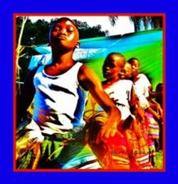 Marv L. Roussan Ugandan Dancers DSC09089 (2)