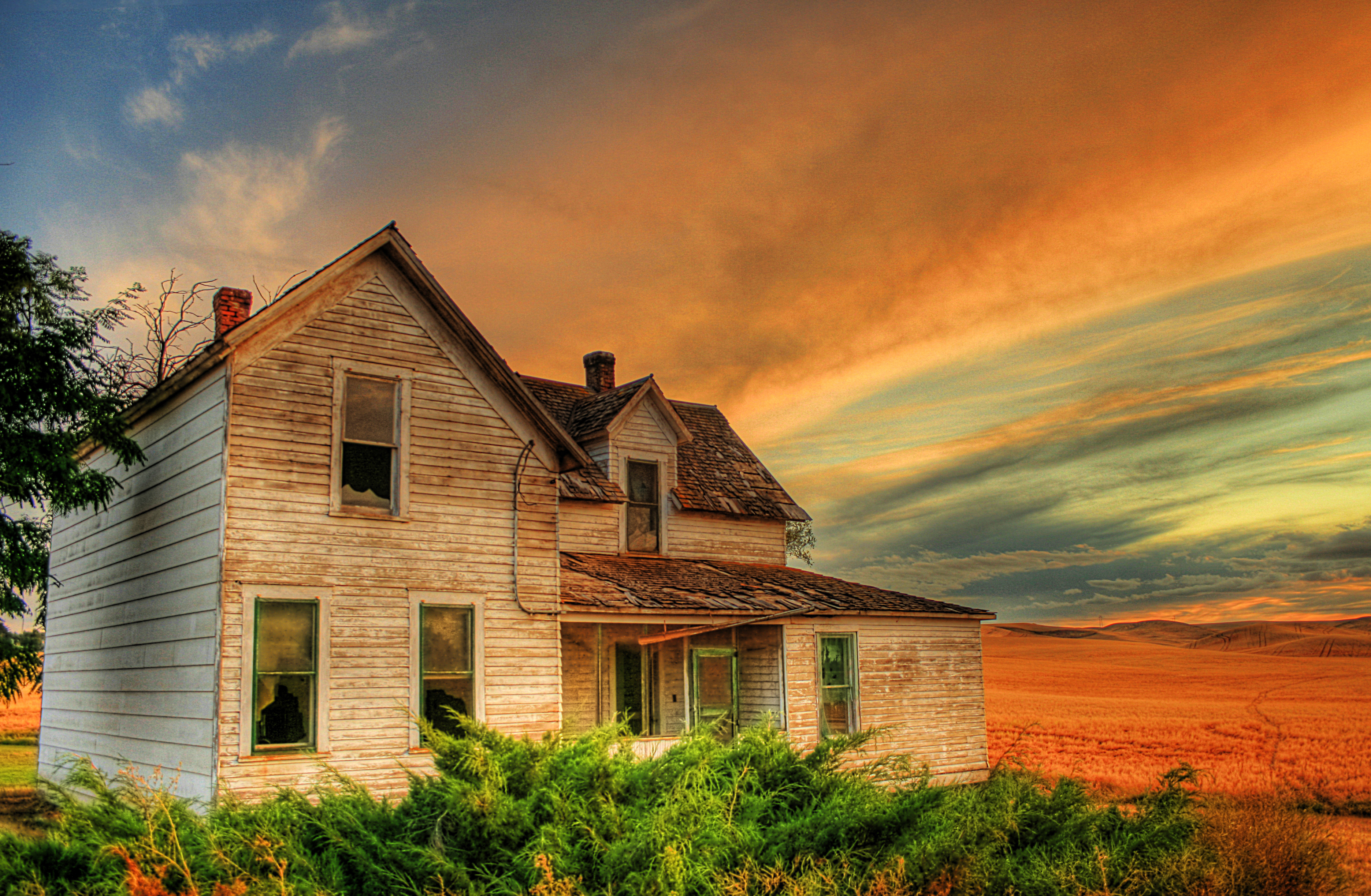 Eric Demattos Farm House 4mb