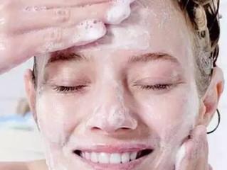 4个睡前美容护肤法,让你醒来水润一整天,皮肤暗黄干燥全都远离你!