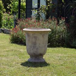 Pot sur pied antique A13422217-2T
