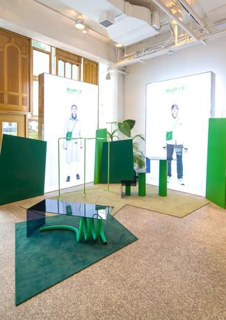 Pop-up store installation