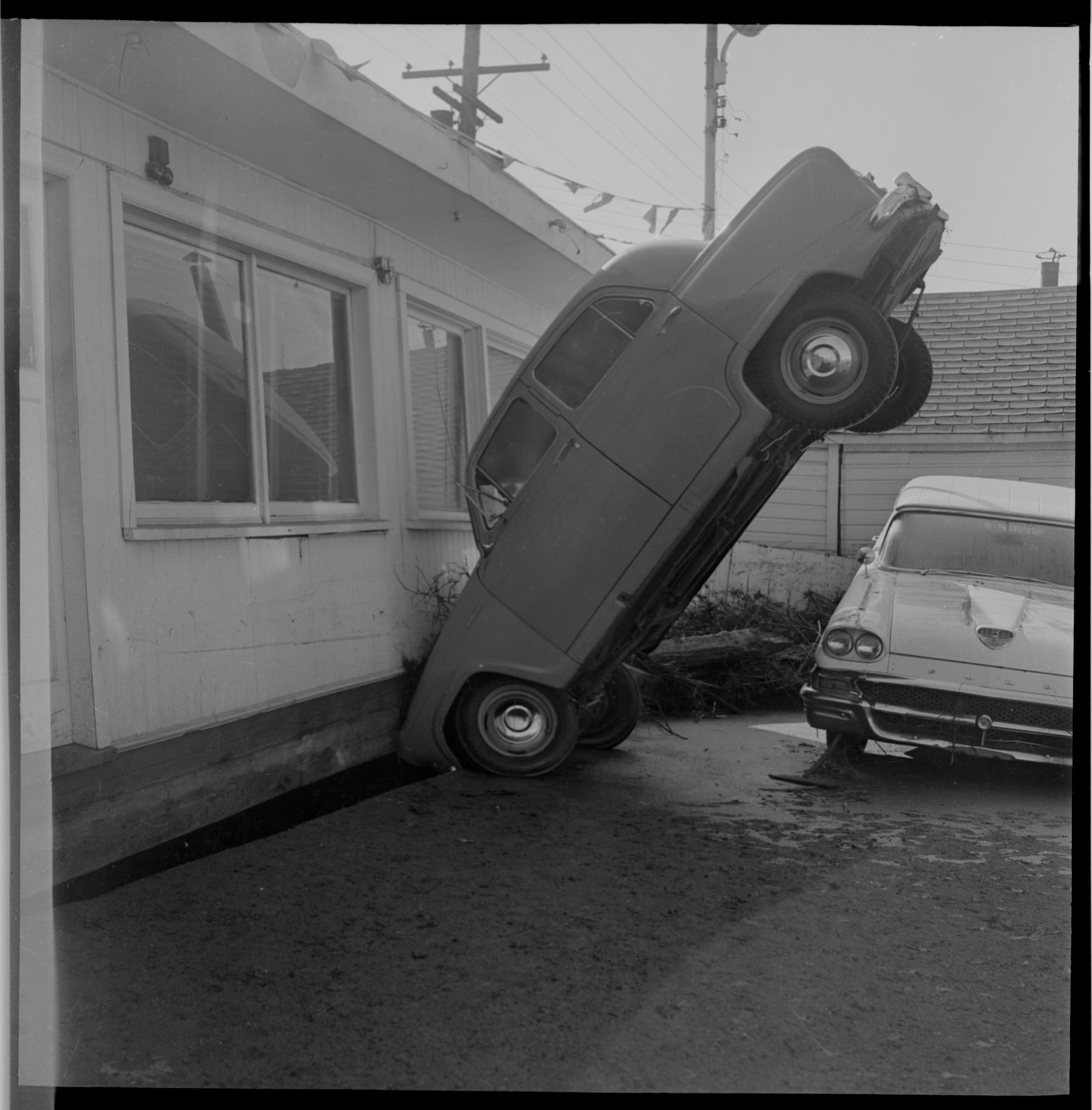 '64 Tsunami