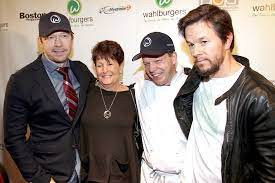 Be like Mark Wahlberg, octos, airline safety, patience