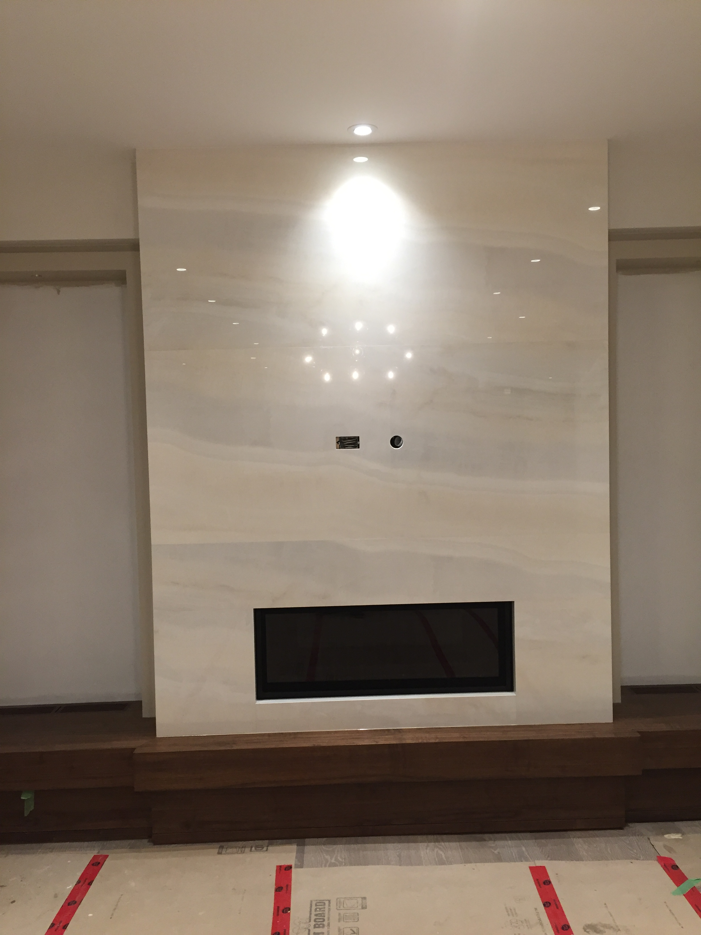 Fireplace porcelain