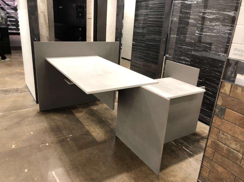 Customs Quartz Table