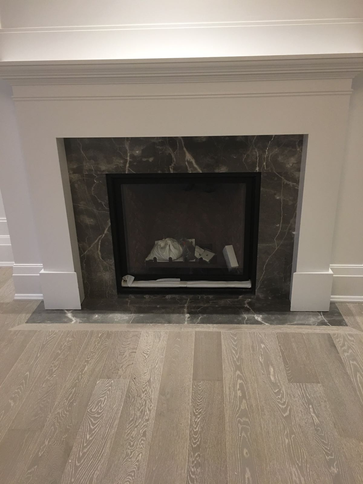 Marble FireplaceMarble Fireplace Sur