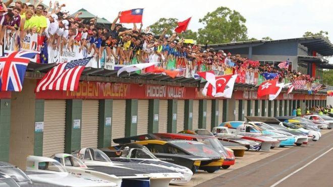 Solar Powered Car Race Begins in Australia