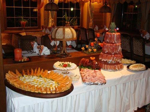 Bergland buffet.jpg