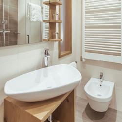 Bergland modern badkamer