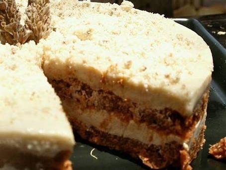 עוגת גזר עם קרם וניל לבנדר