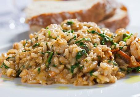 אורז עם תאנים, בצל מקורמל, שום אפוי ונתחי סויה