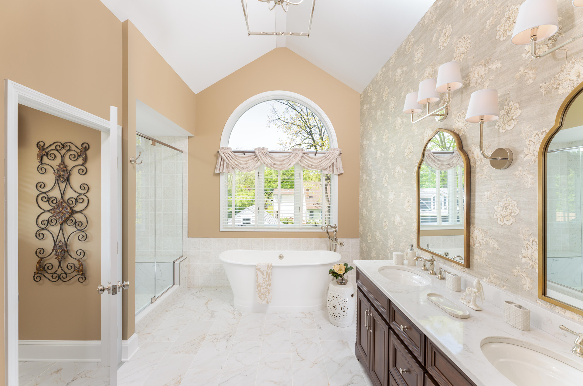Moorestown, NJ: Southern Charm Bathrooms