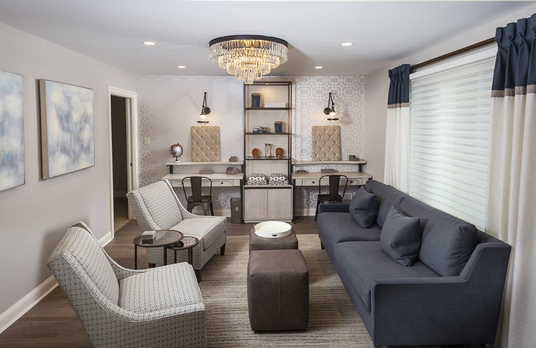 Penn Valley, PA: Transitional Sitting Room