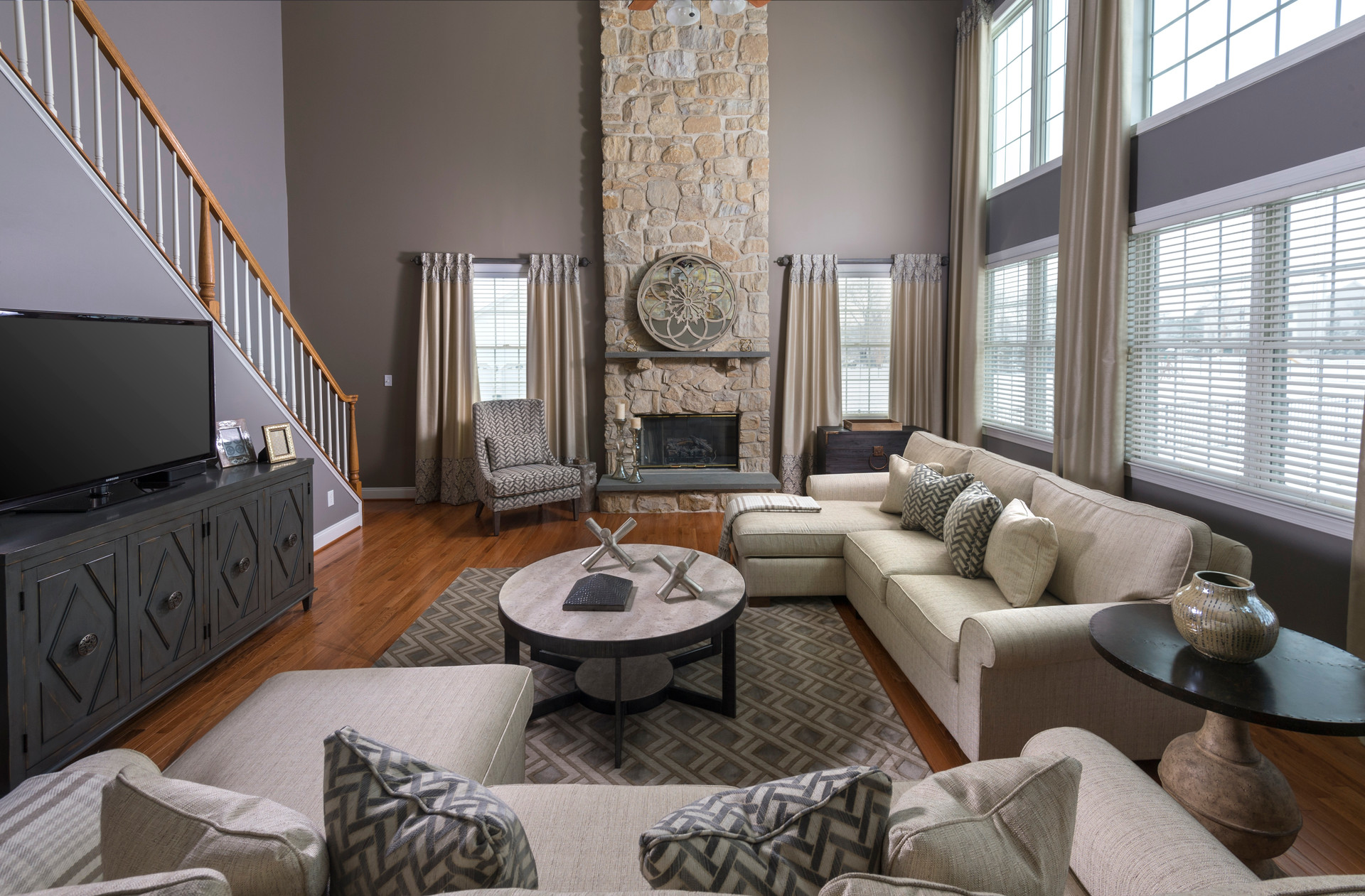 Chesterfield, NJ: Two Story Family Room