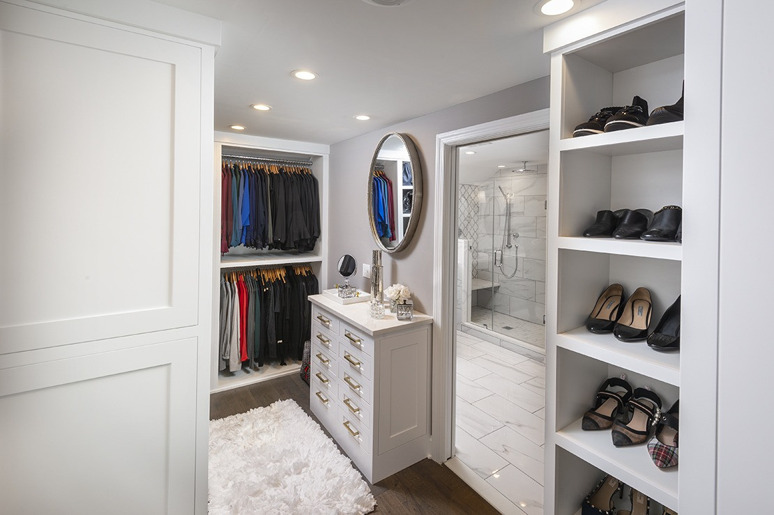 Wynnewood PA: Custom White Closet