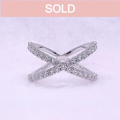 18金WG クロス リング ダイヤモンド