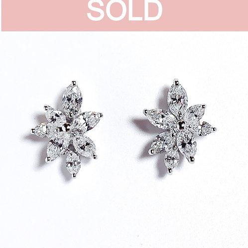 18金WG クラスターピアス マーキースダイヤモンド