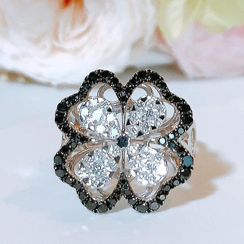 18金WG お花リング ブラック&ホワイト ダイヤモンド
