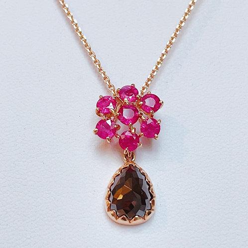 【現品限り】18金PG アンティーク調 ブラックダイヤドロップ&ルビーのお花 ネックレス